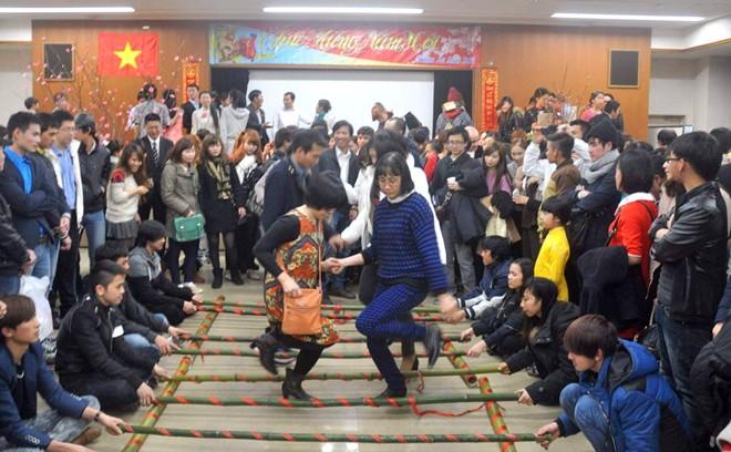 Du học sinh đón tết tại fukuoka