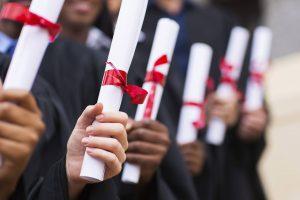 Du học bằng học bổng của Chính phủ là hình thức dành cho các học sinh, sinh viên có năng lực học tập, phẩm chất đạo đức tốt cùng những thành tích về các hoạt động đoàn, hội,...