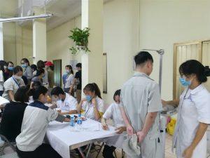 Người lao động sẽ phải khám sức khỏe tổng quát trước khi sang Nhật.